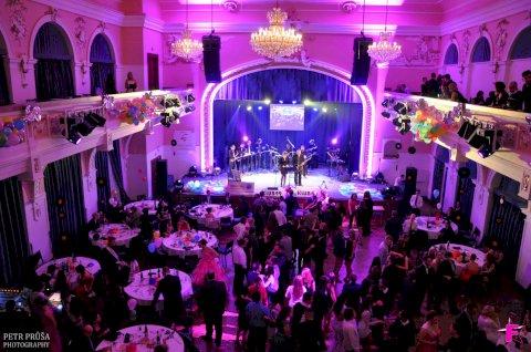 Ples města & Ples Firmy (firemní večírek)