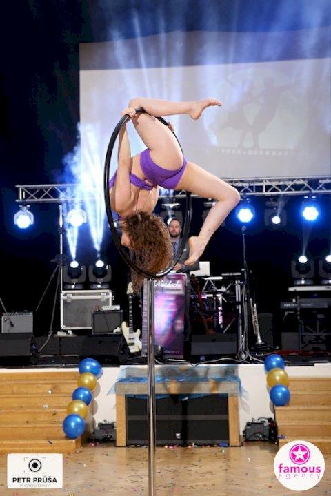 Lyra Dance 002