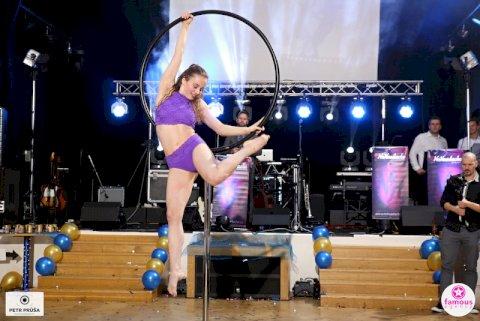 Lyra Dance 009