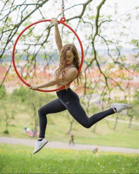 Lyra Dance 012