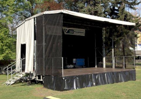 Mobilní podium